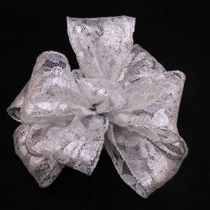 Metallic lace ribbon